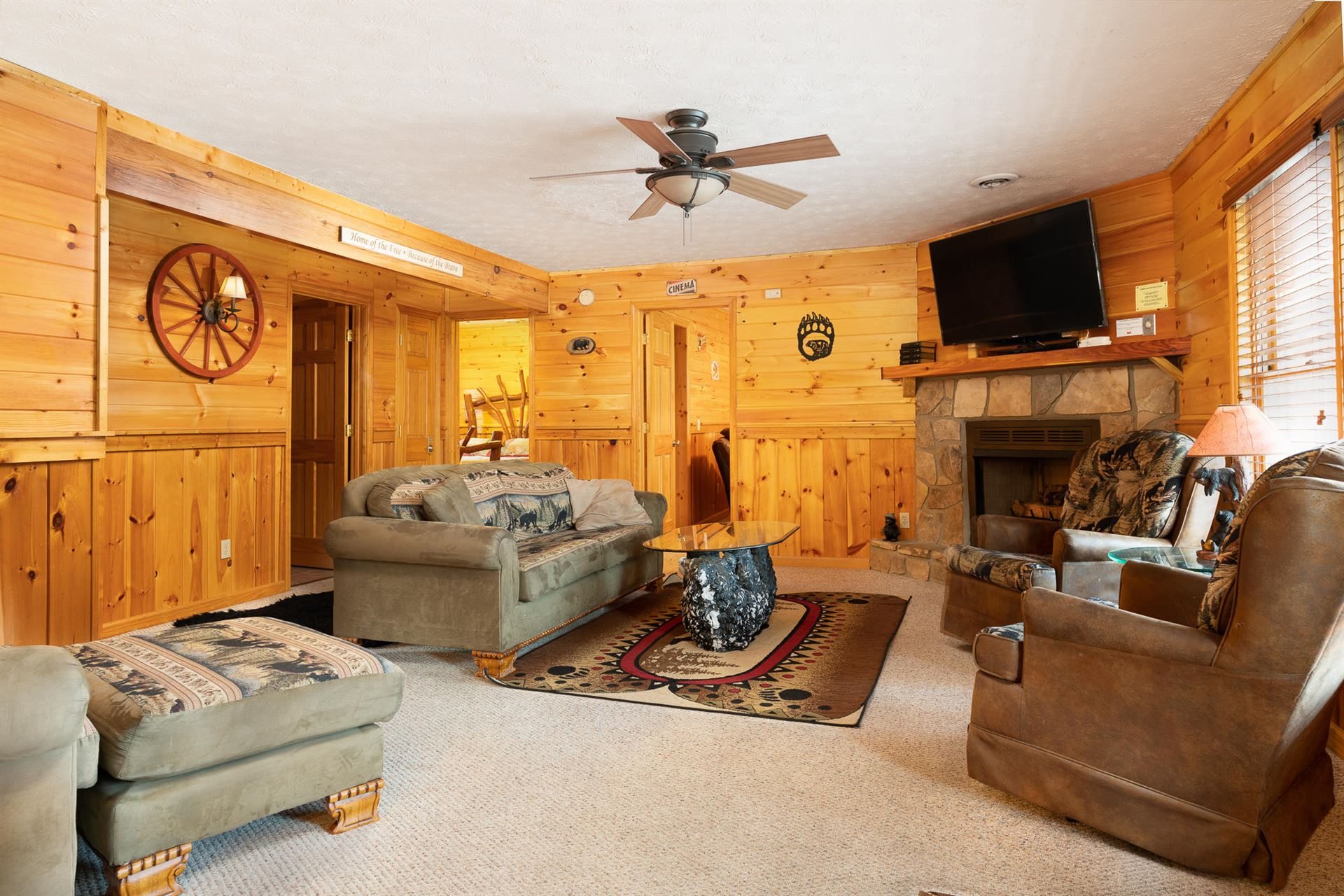Photo of 2834 Florence Drive, Pigeon Forge, TN 37863 (MLS # 1140178)