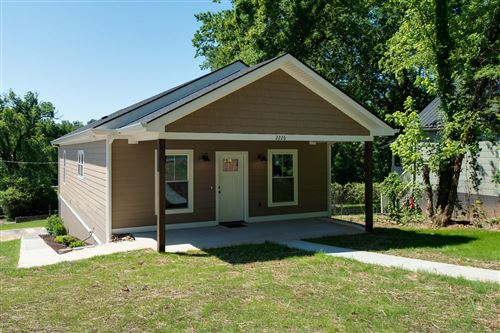 Photo of 2226 Riverside Drive, Knoxville, TN 37915 (MLS # 1157183)