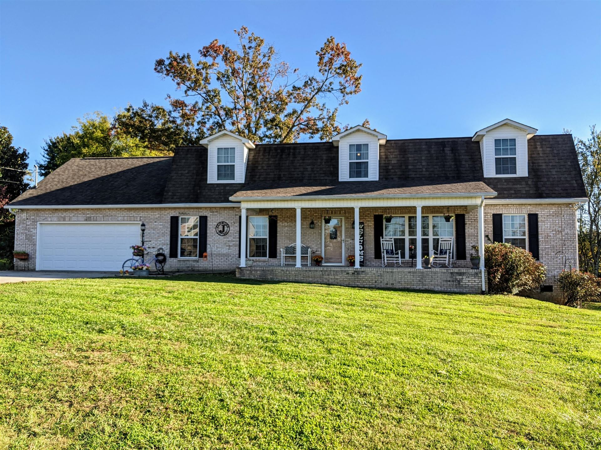 Photo of 2518 Sharp Drive, Lenoir City, TN 37771 (MLS # 1133184)