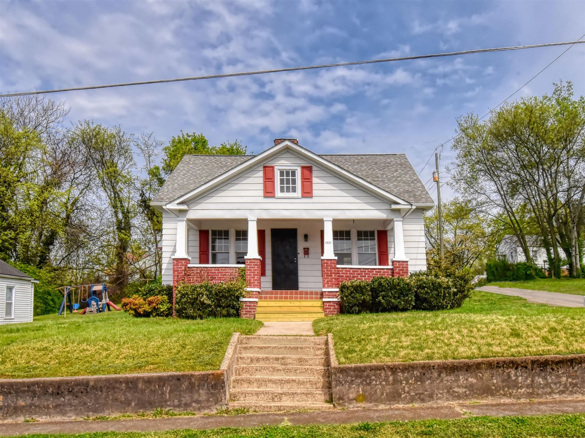 Photo of 1521 Lawson Ave, Knoxville, TN 37917 (MLS # 1149204)