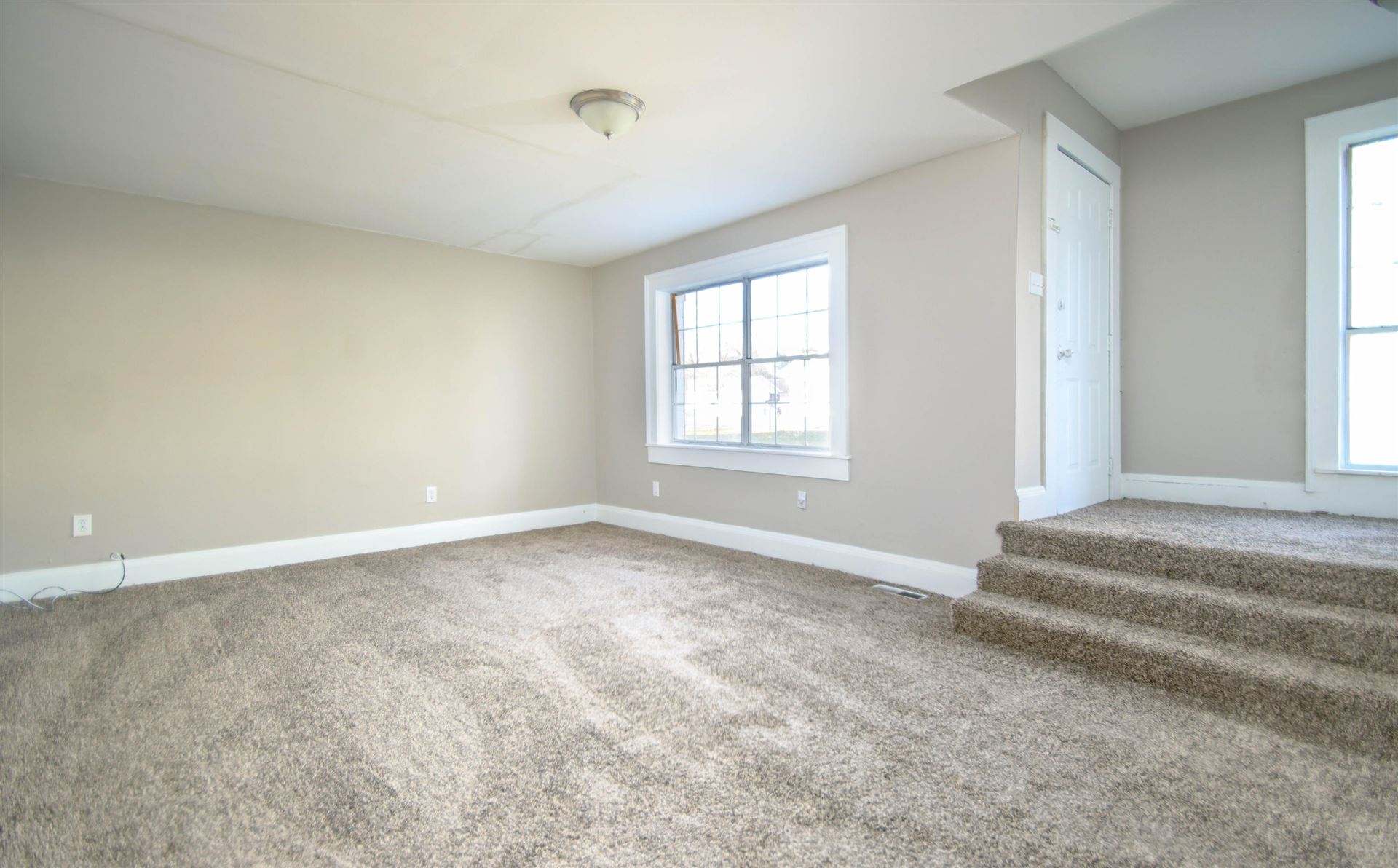 Photo of 2400 Wilson Ave, Knoxville, TN 37915 (MLS # 1140214)