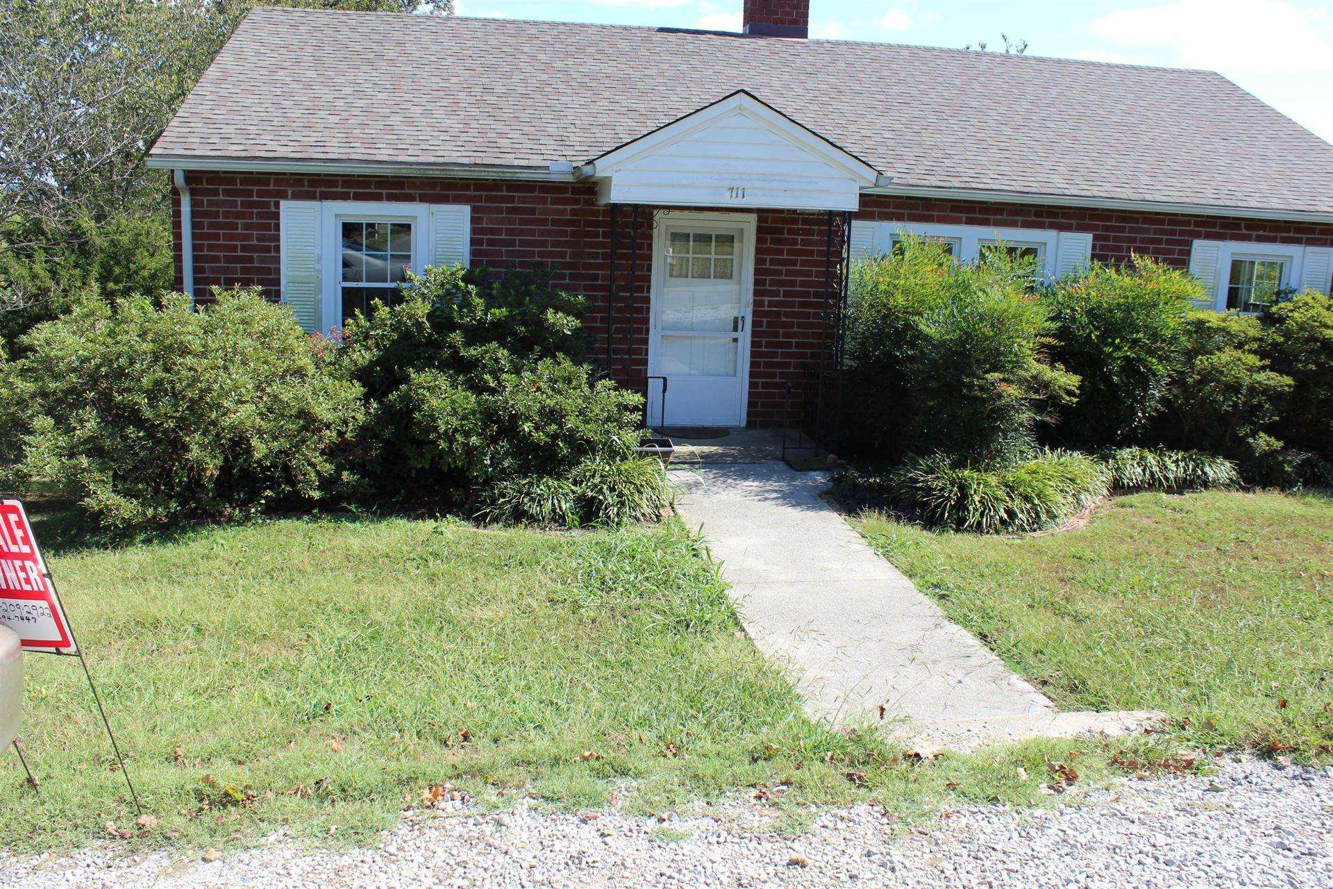 Photo of 711 Shaw St, Clinton, TN 37716 (MLS # 1097216)