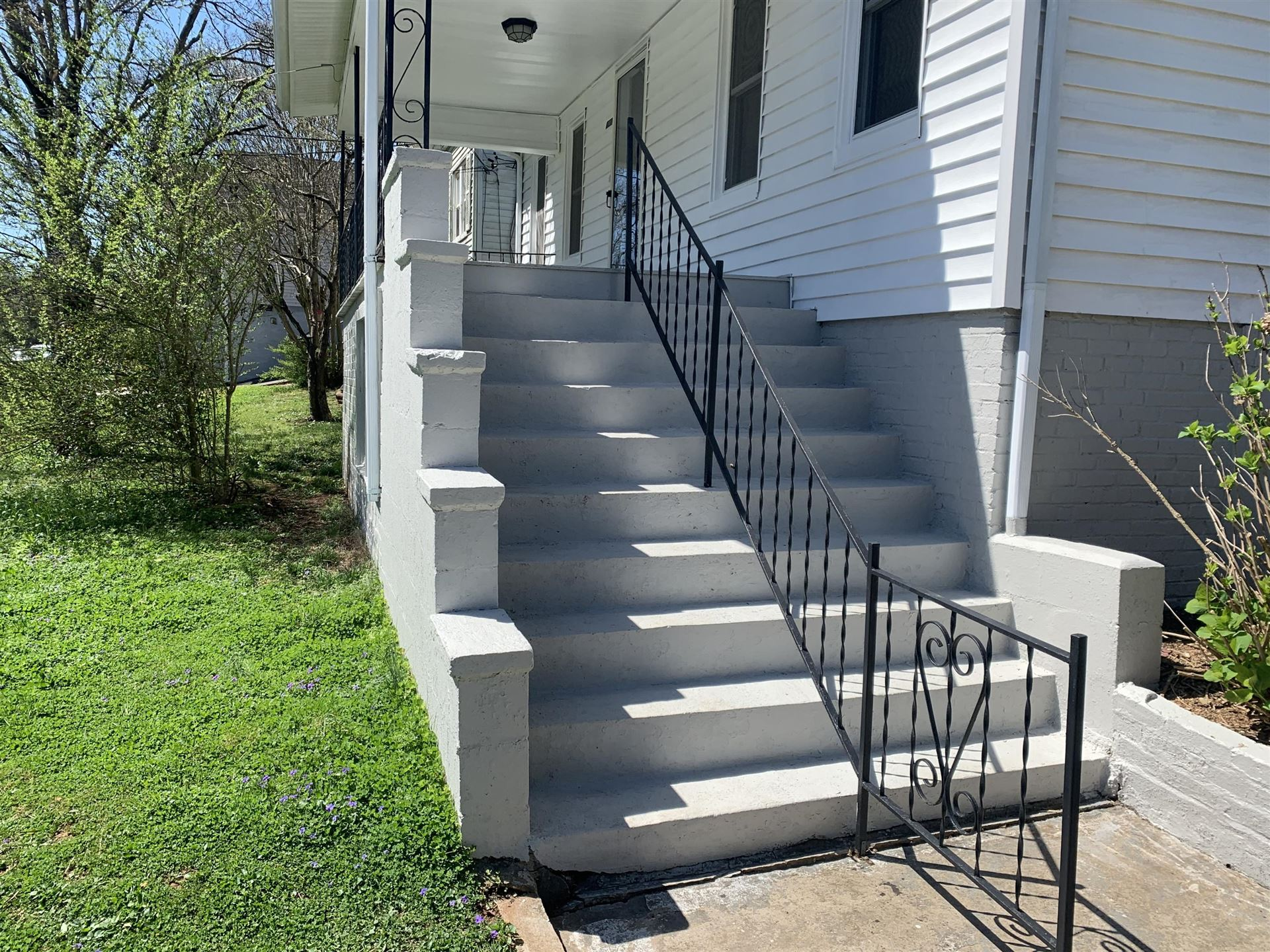 Photo of 1701 Lenland Ave, Knoxville, TN 37920 (MLS # 1147220)