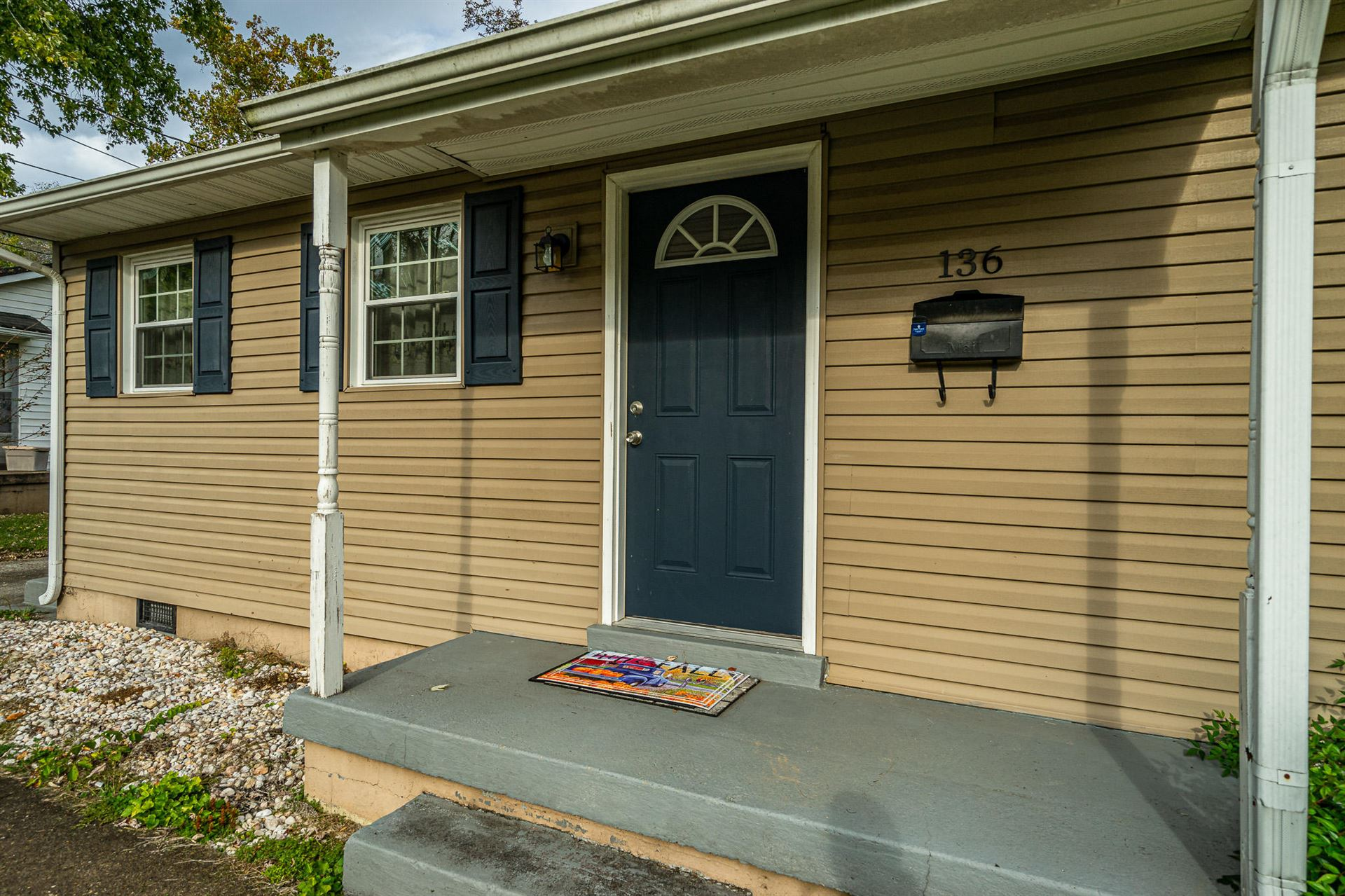 Photo of 136 Athens Rd, Oak Ridge, TN 37830 (MLS # 1133221)