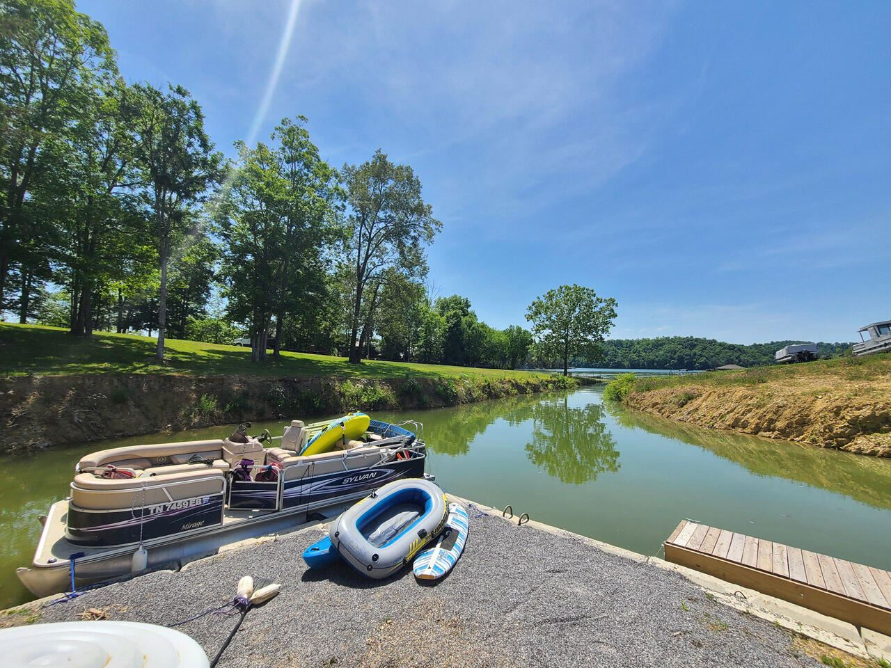 Photo of 937 Hidden Harbor Lane, Sevierville, TN 37876 (MLS # 1149228)