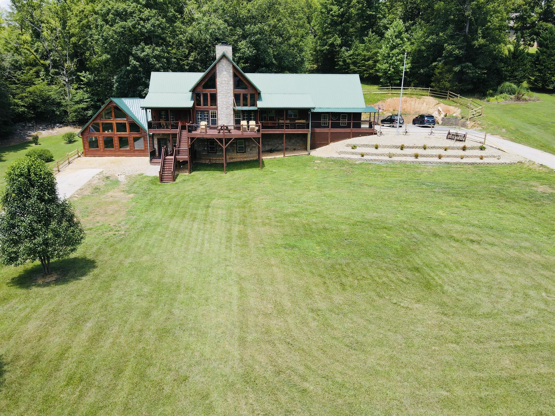 Photo of 3202 valley home rd Rd, Sevierville, TN 37862 (MLS # 1161230)