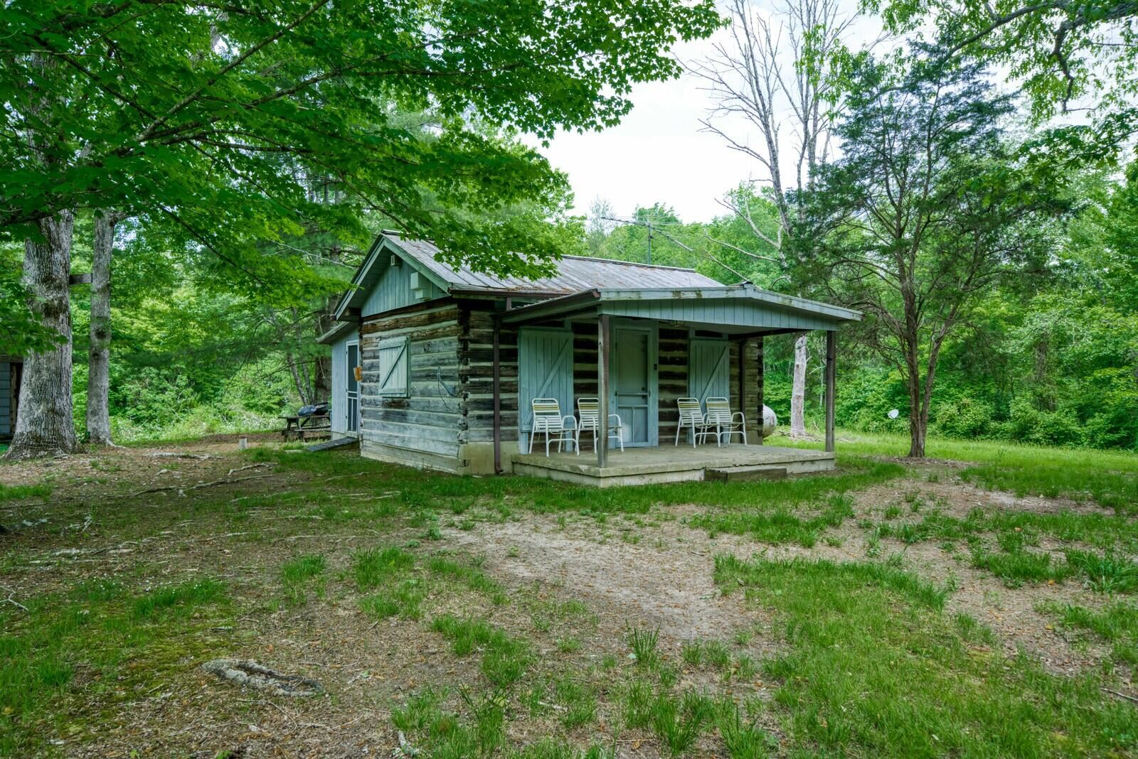 Photo of 00 E Keyes Rd, Crab Orchard, TN 37723 (MLS # 1153239)