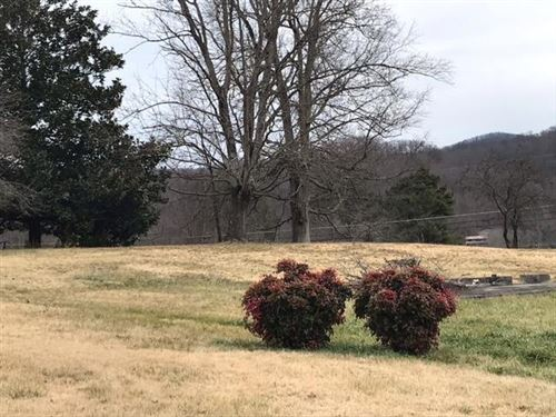 Photo of 608 Balmoral Rd Rd, Middlesboro, KY 40965 (MLS # 1144240)