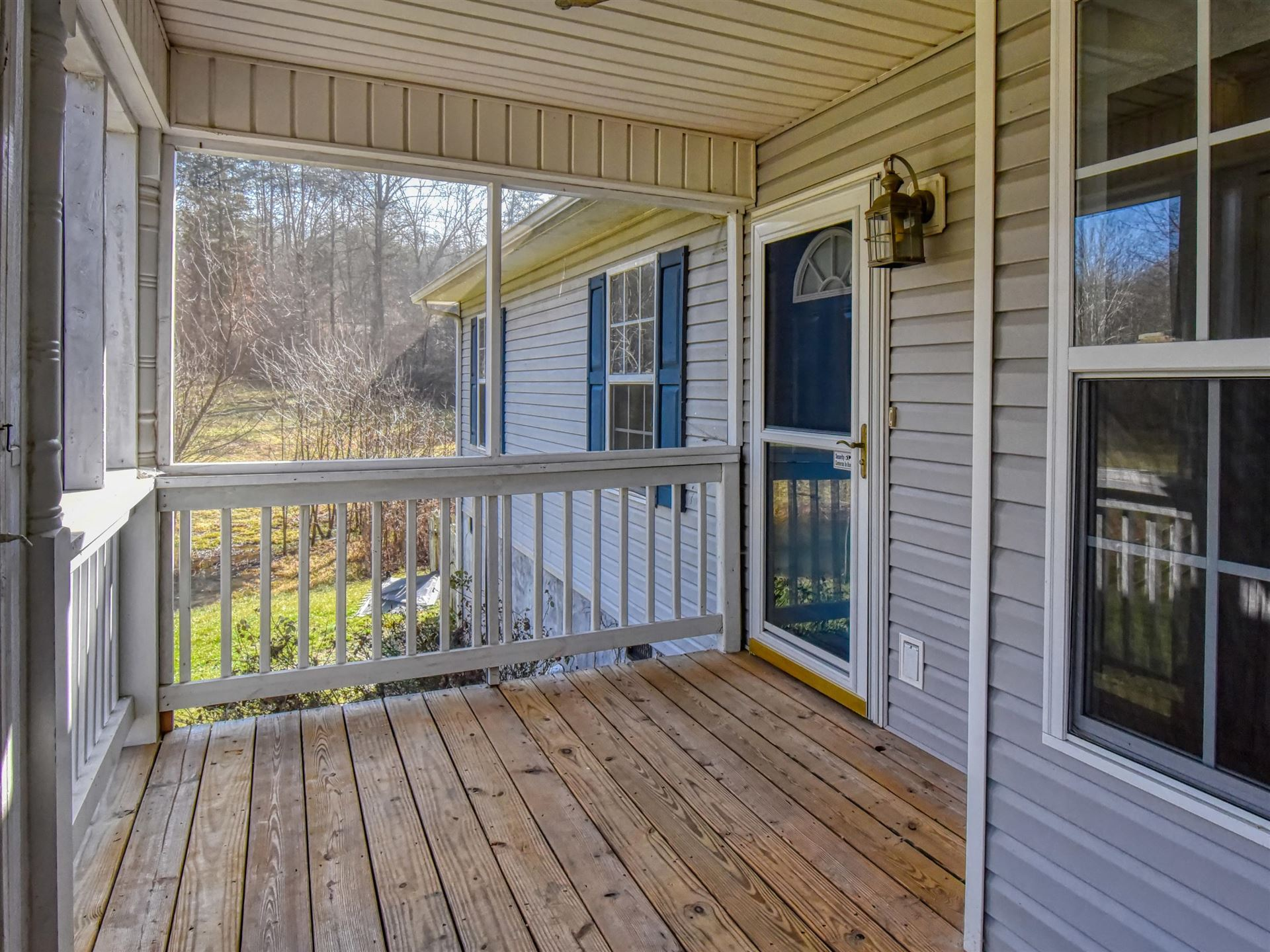 Photo of 6307 Quail Grove Lane, Knoxville, TN 37920 (MLS # 1140257)
