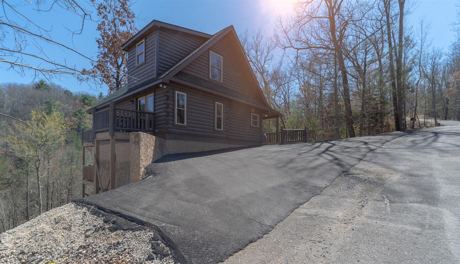 Photo of 2914 Joyner Hills Lane, Sevierville, TN 37876 (MLS # 1148270)