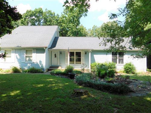 Photo of 56 Bluebird Circle, Crossville, TN 38555 (MLS # 1161273)