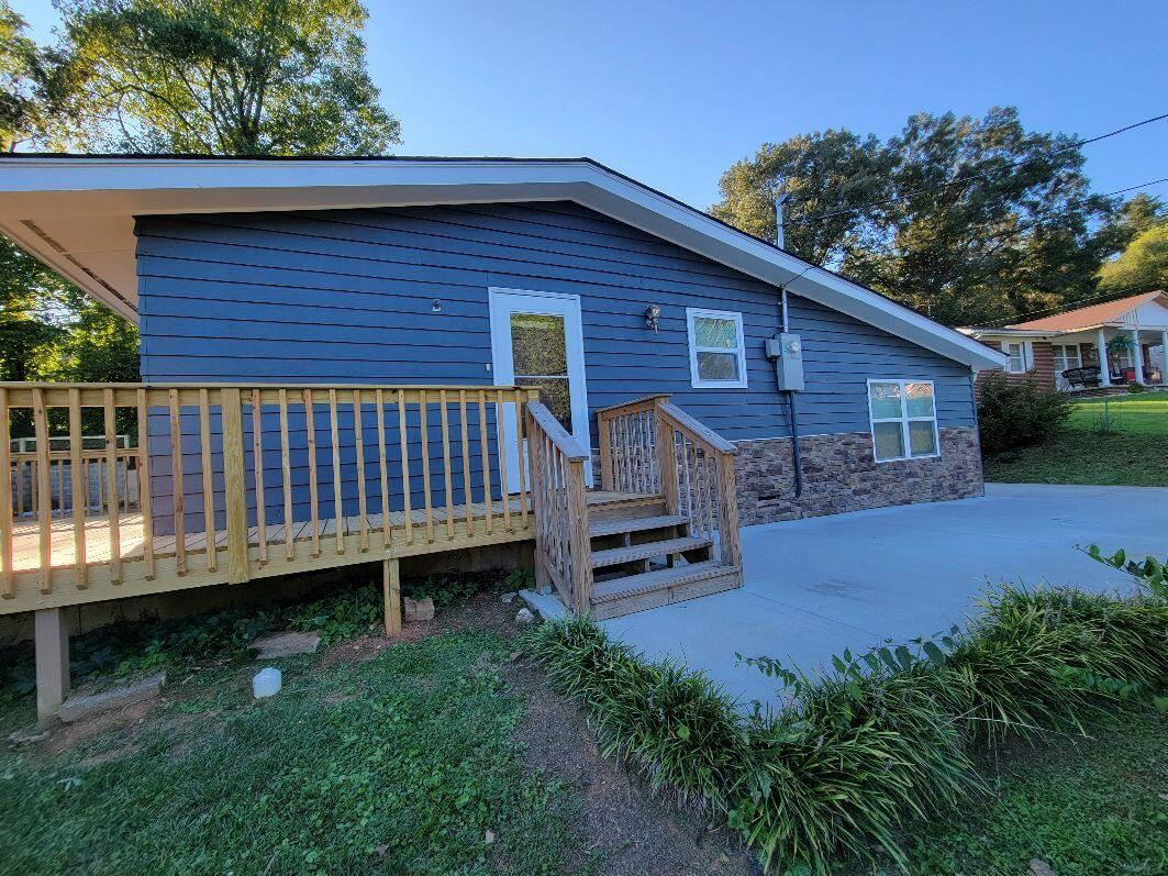 Photo of 131 Highland Ave, Oak Ridge, TN 37830 (MLS # 1167274)