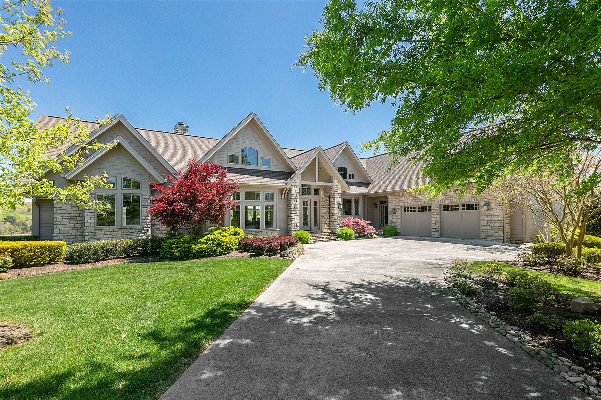 Photo for 839 Crown Pointe Rd, LaFollette, TN 37766 (MLS # 1150285)