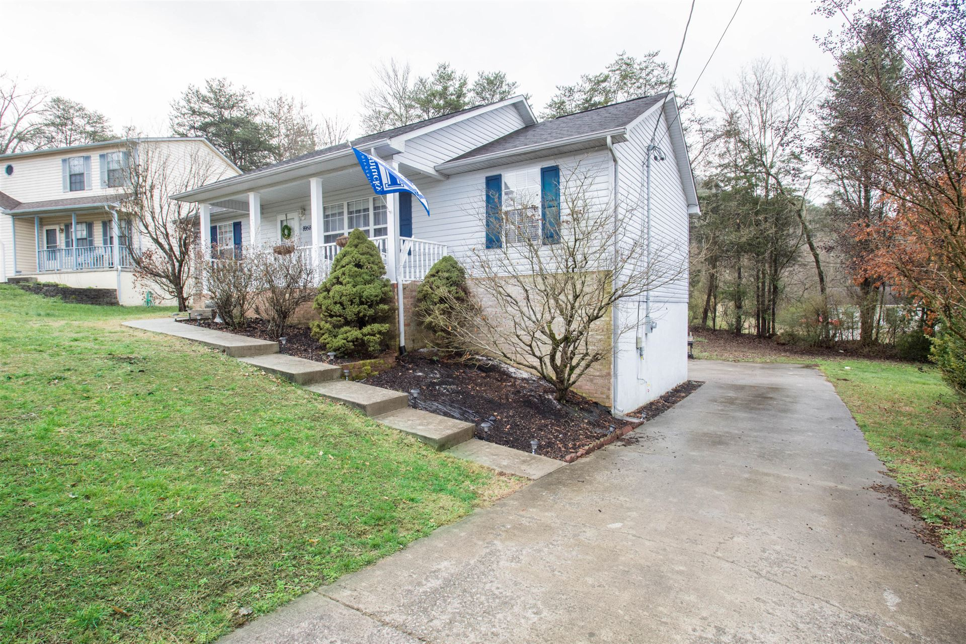 Photo of 8958 Heathercrest Drive, Powell, TN 37849 (MLS # 1108294)