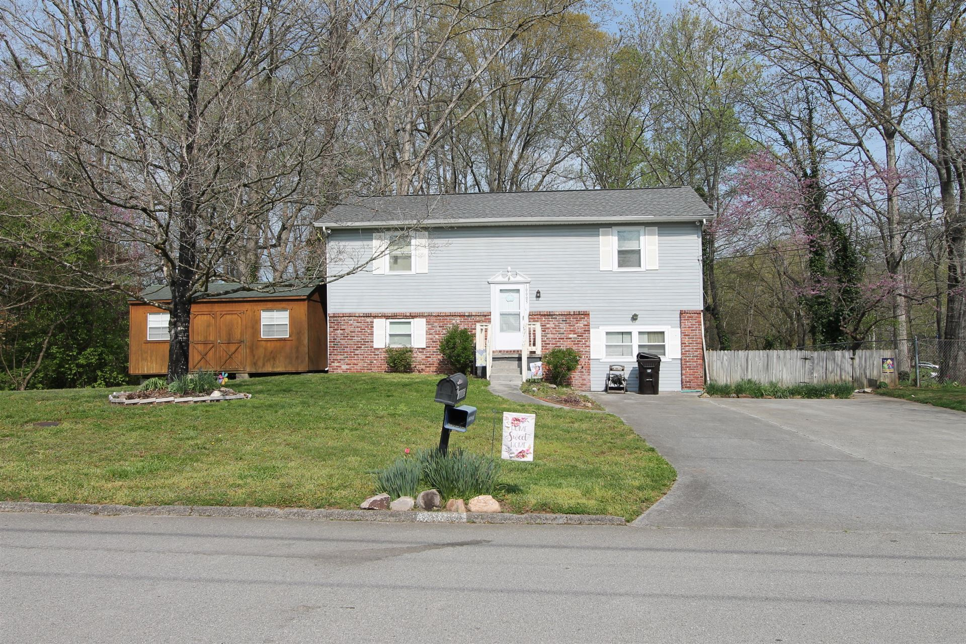Photo of 10005 Branchview Drive, Knoxville, TN 37932 (MLS # 1148297)