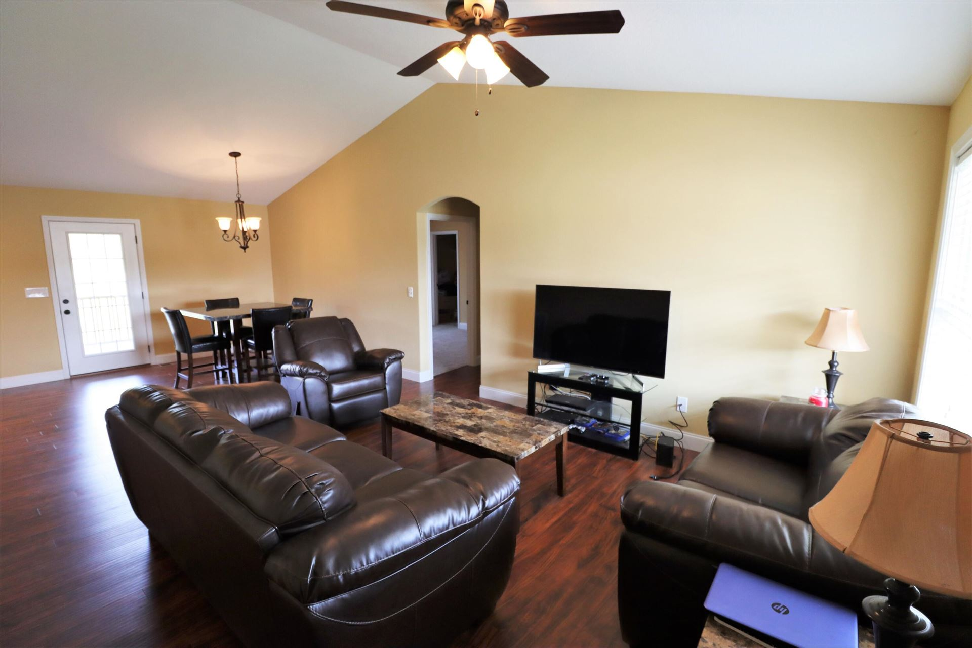 Photo of 6704 McKinnon Ridge Lane, Knoxville, TN 37918 (MLS # 1162304)