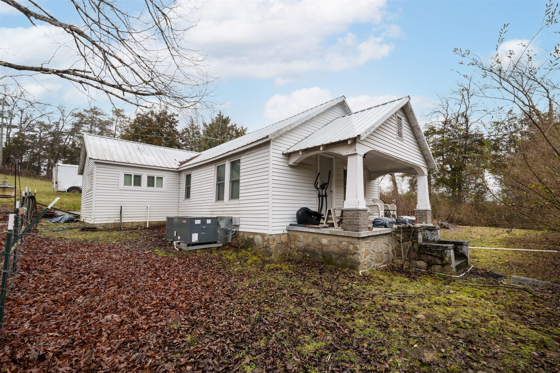Photo of 1174 Sugar Loaf Rd, Sevierville, TN 37876 (MLS # 1140309)