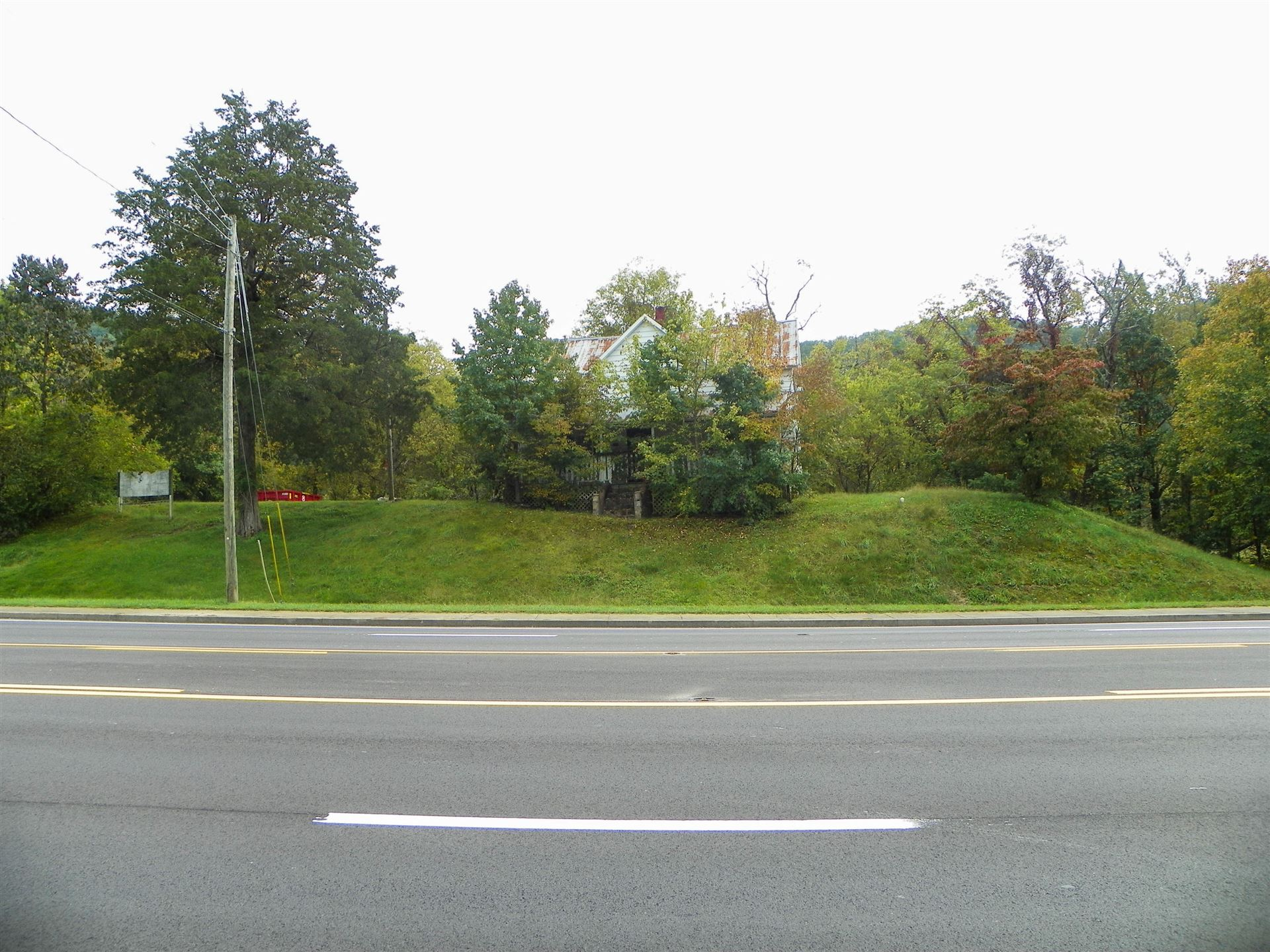 Photo of 1191 Wears Valley Rd, Pigeon Forge, TN 37863 (MLS # 1132310)