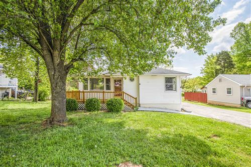 Photo of 5318 ROSEBAY Rd, Knoxville, TN 37918 (MLS # 1149312)