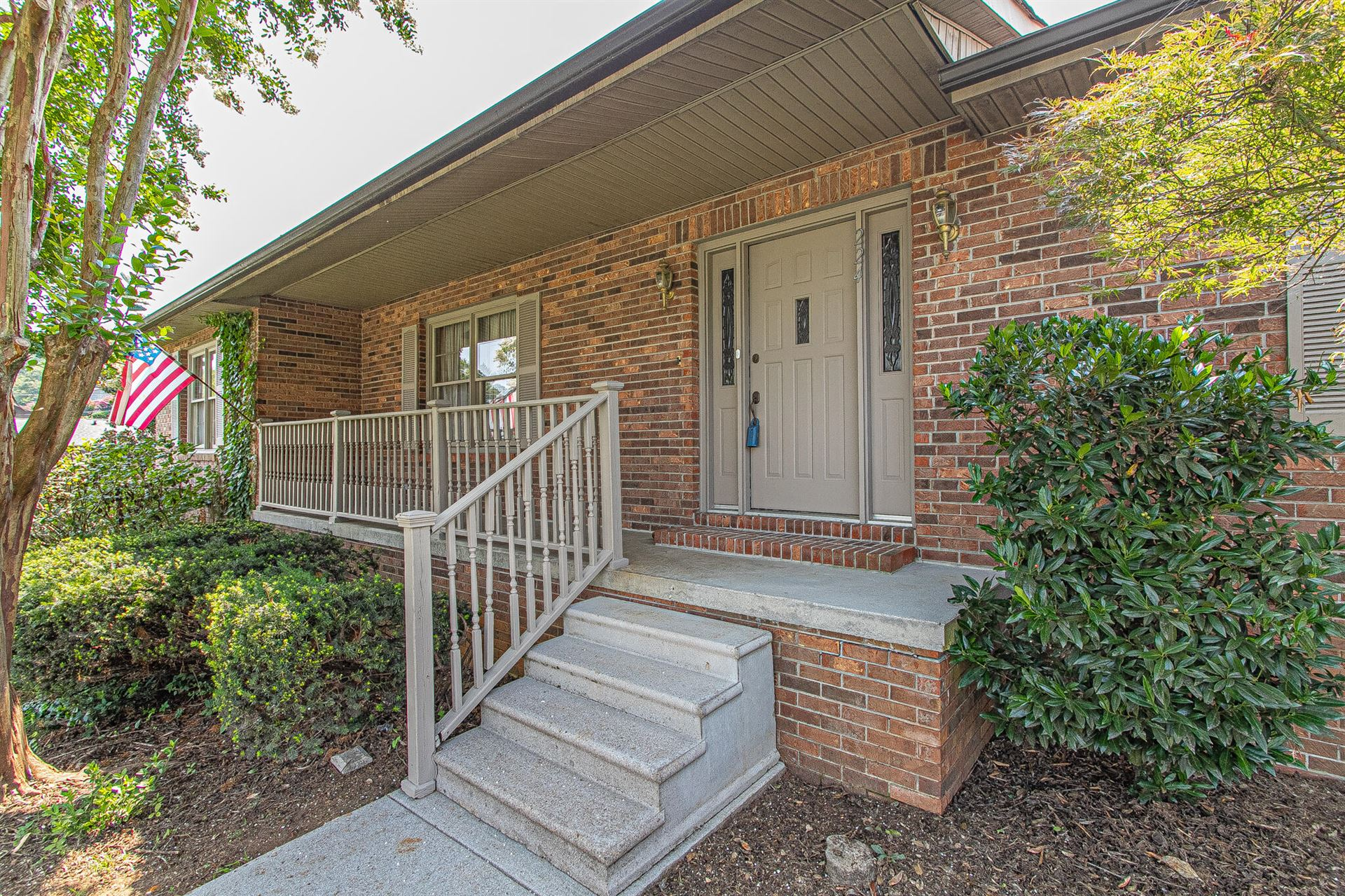 Photo of 224 Crowfield Rd, Knoxville, TN 37922 (MLS # 1161318)
