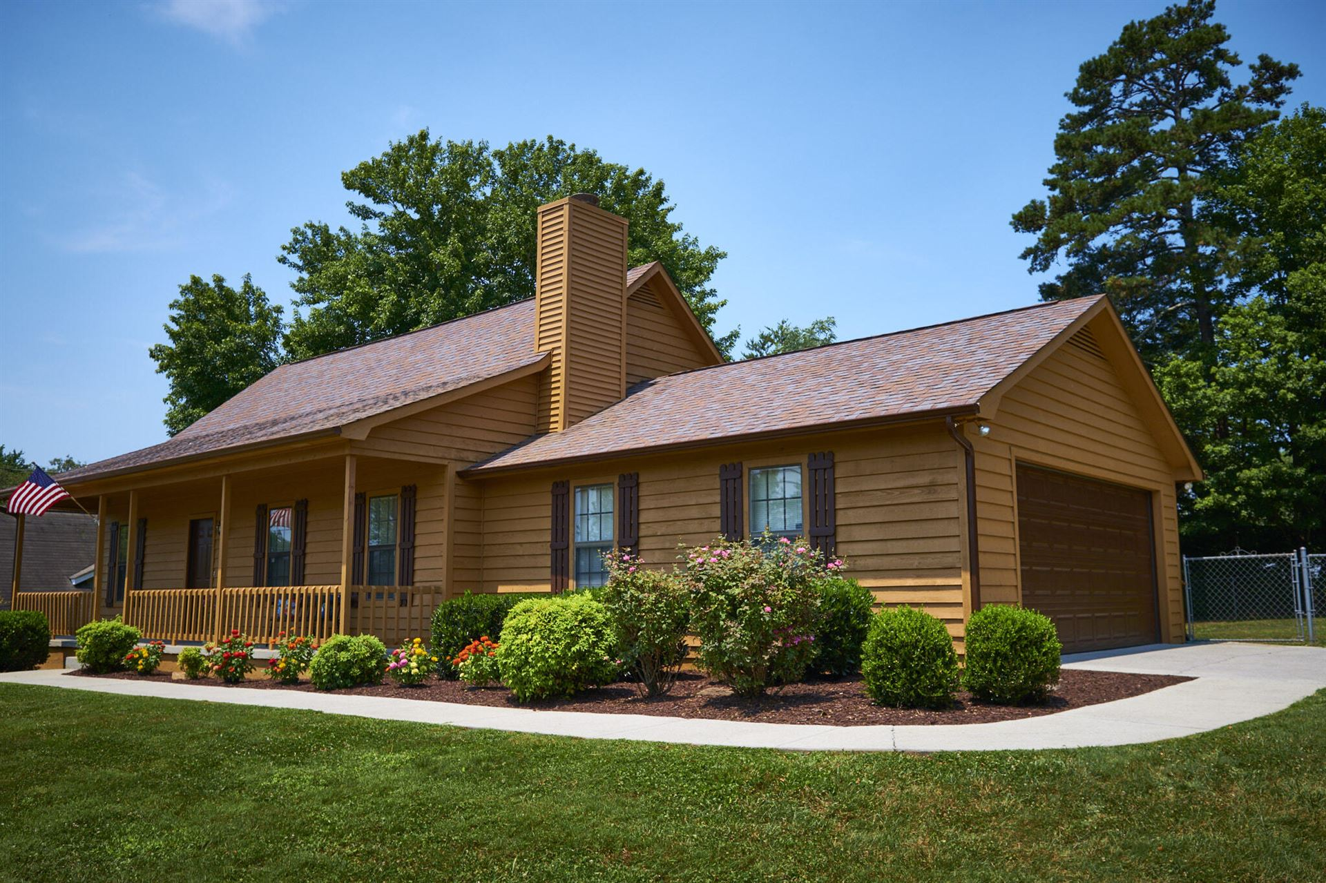 Photo of 7401 Foxlair Rd, Knoxville, TN 37918 (MLS # 1162324)