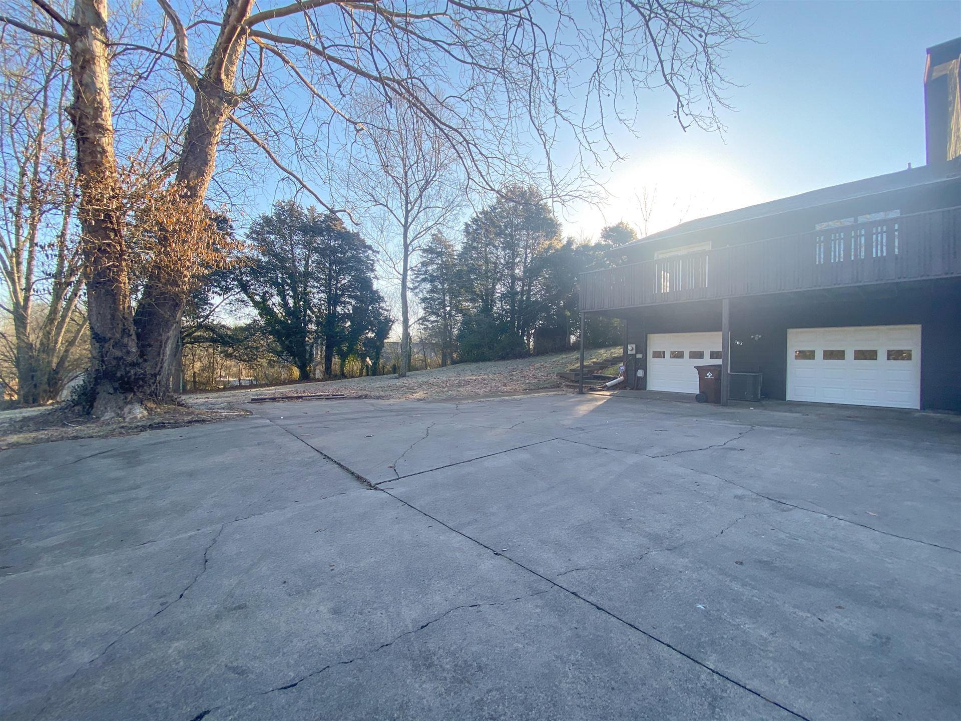 Photo of 163 Golfcrest Lane, Oak Ridge, TN 37830 (MLS # 1142331)