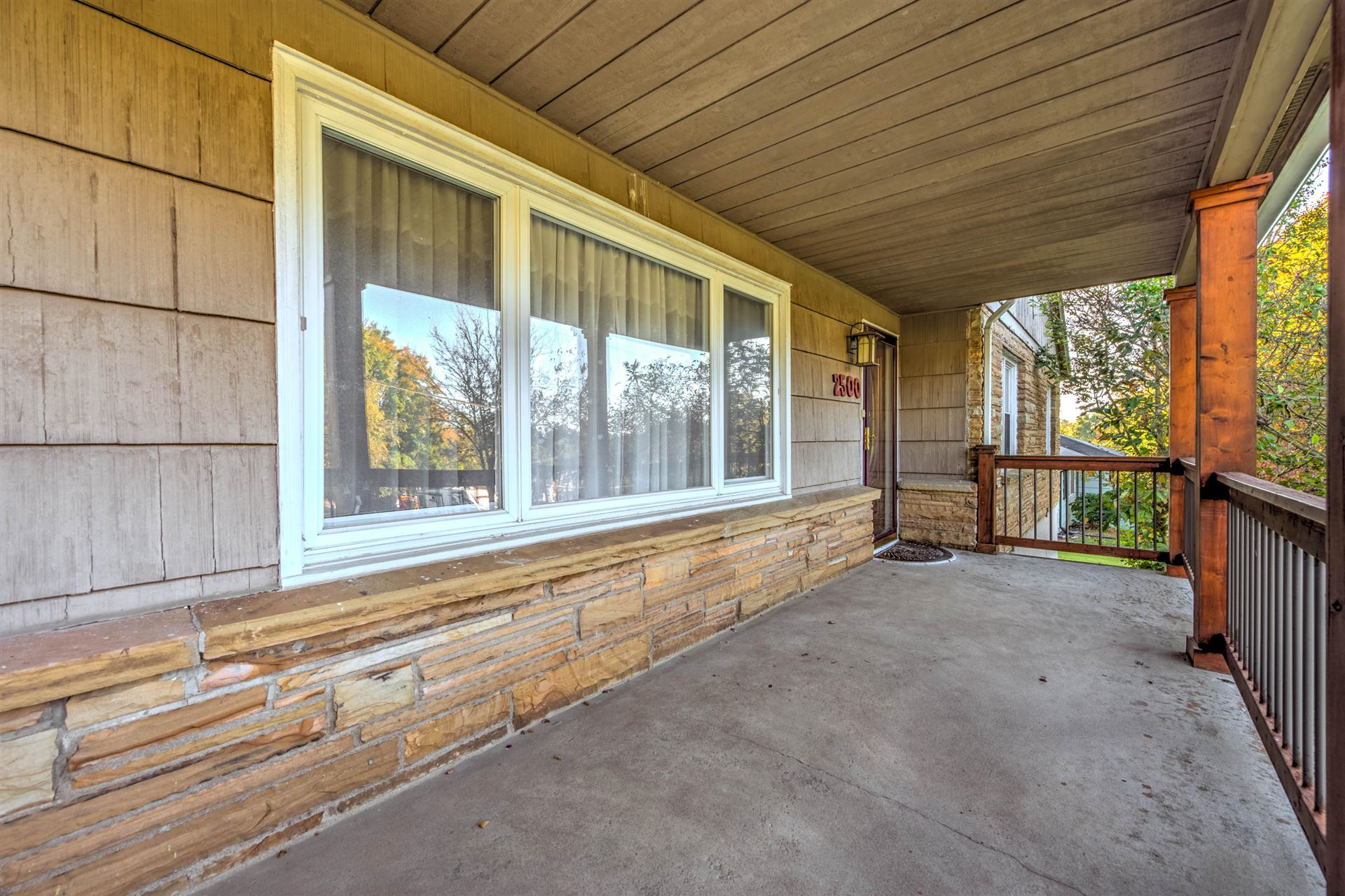 Photo of 2500 Pleasant View Lane, Knoxville, TN 37914 (MLS # 1133338)