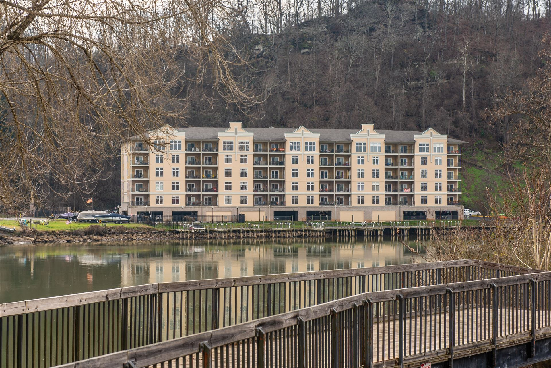 Photo for 3001 River Towne Way #APT 305, Knoxville, TN 37920 (MLS # 1139340)