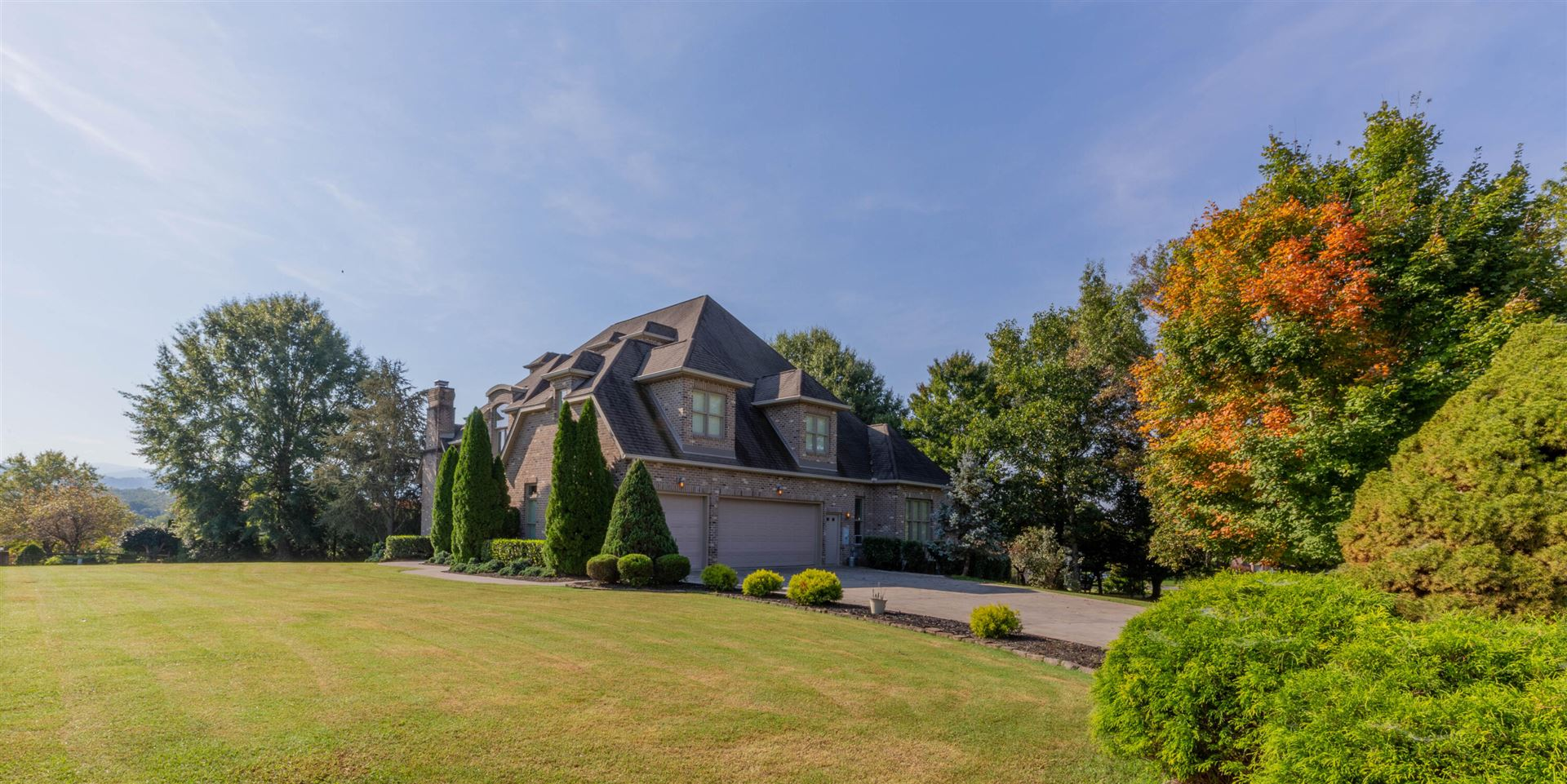 Photo of 854 Spring Lea, Sevierville, TN 37862 (MLS # 1170344)