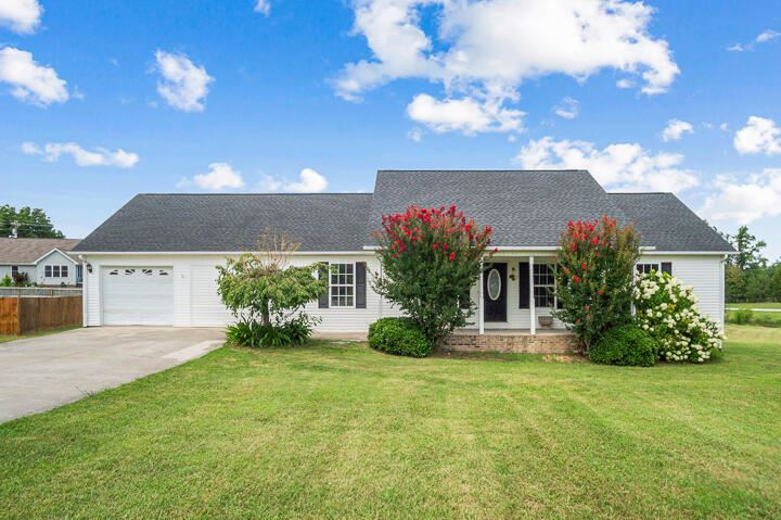 Photo of 3924 High Meadow Drive Drive, Cookeville, TN 38501 (MLS # 1162351)