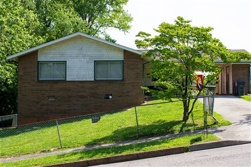 Photo of 308 Surrey Rd, Knoxville, TN 37915 (MLS # 1152356)