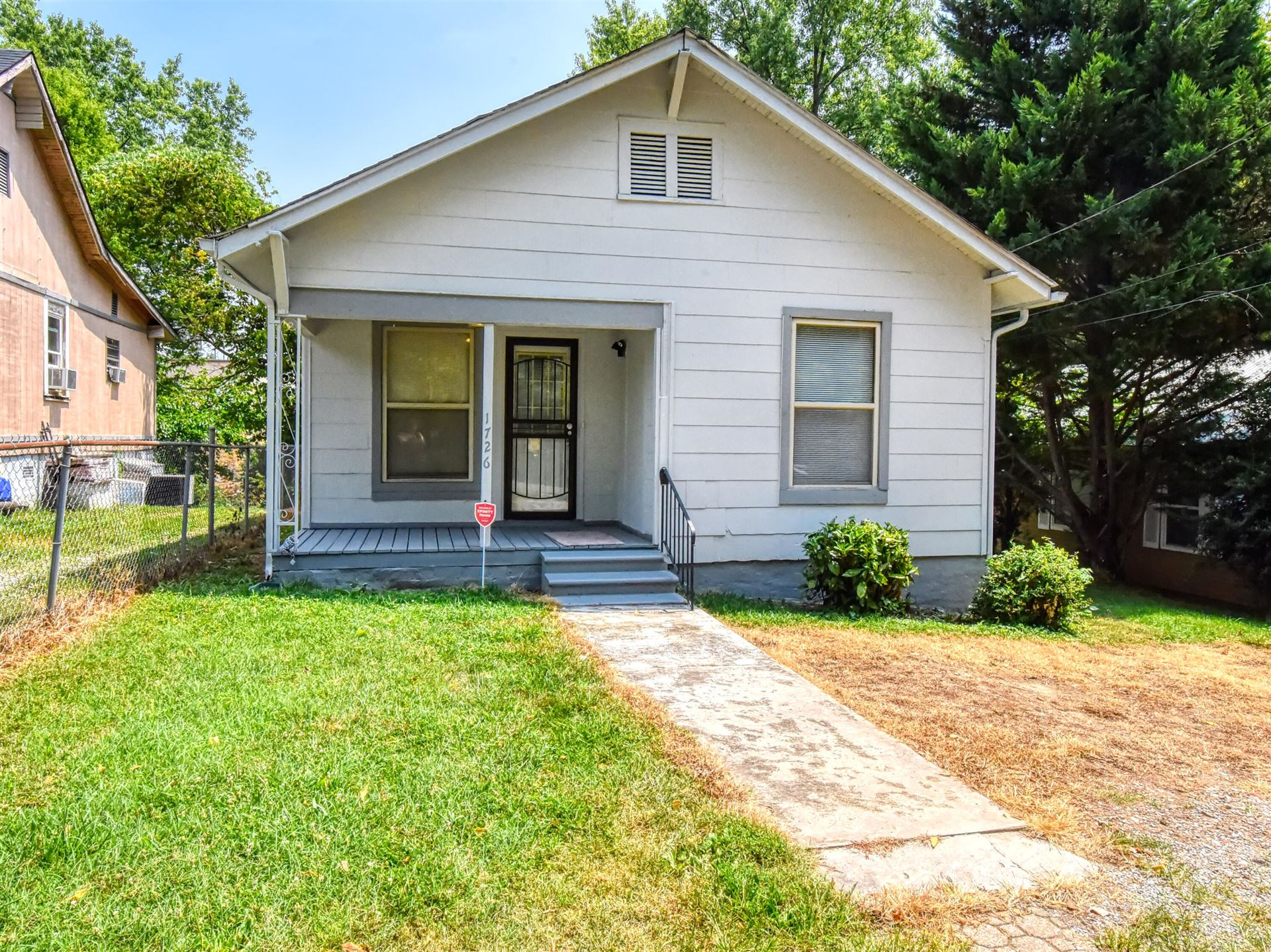 Photo of 1726 Wheeler St, Knoxville, TN 37917 (MLS # 1162361)