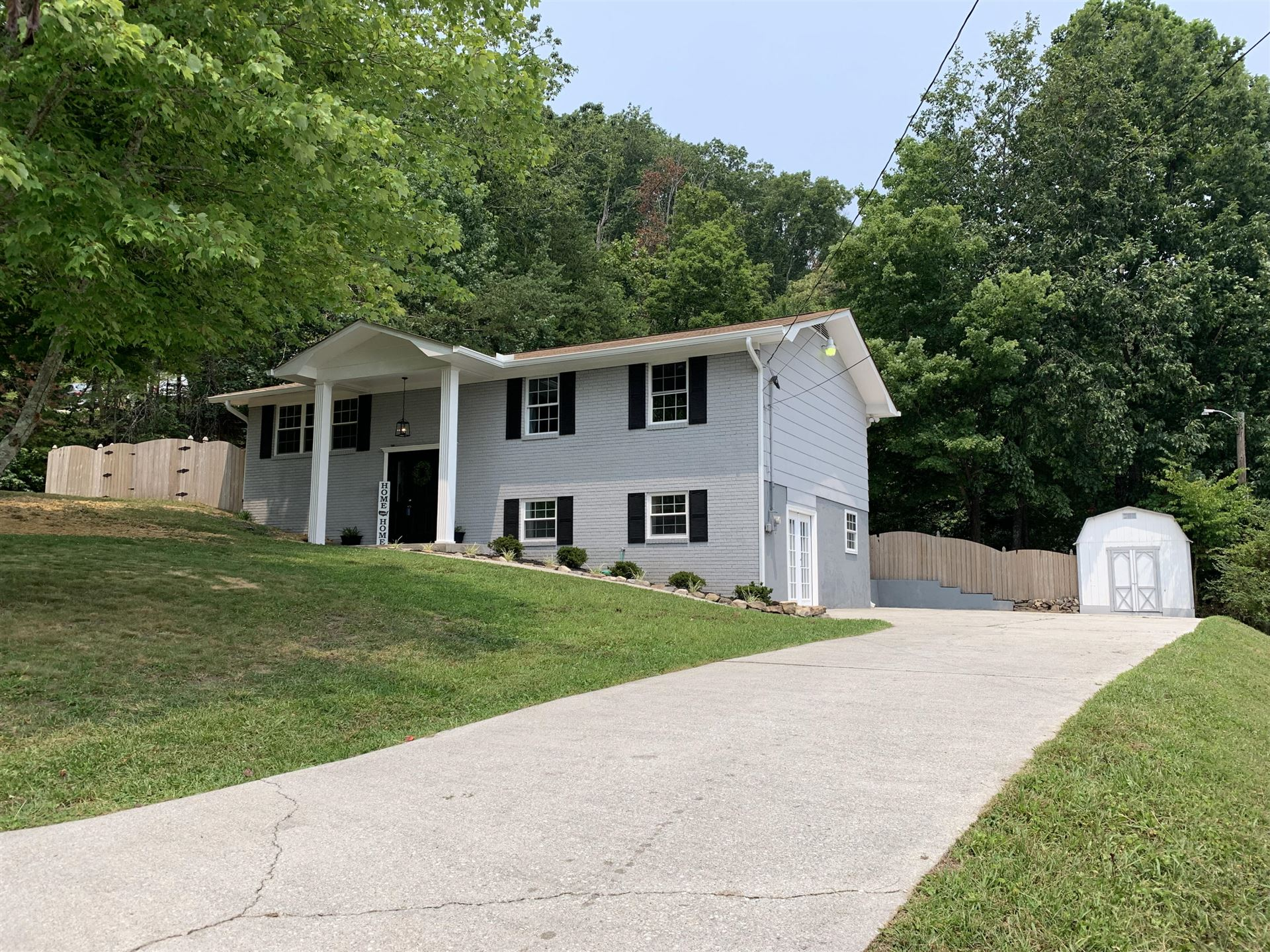 Photo of 6608 Northern Rd, Knoxville, TN 37918 (MLS # 1162363)