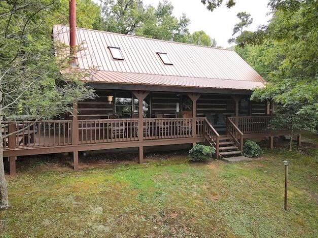 Photo of 1854 Beach Front Drive, Sevierville, TN 37876 (MLS # 1166374)
