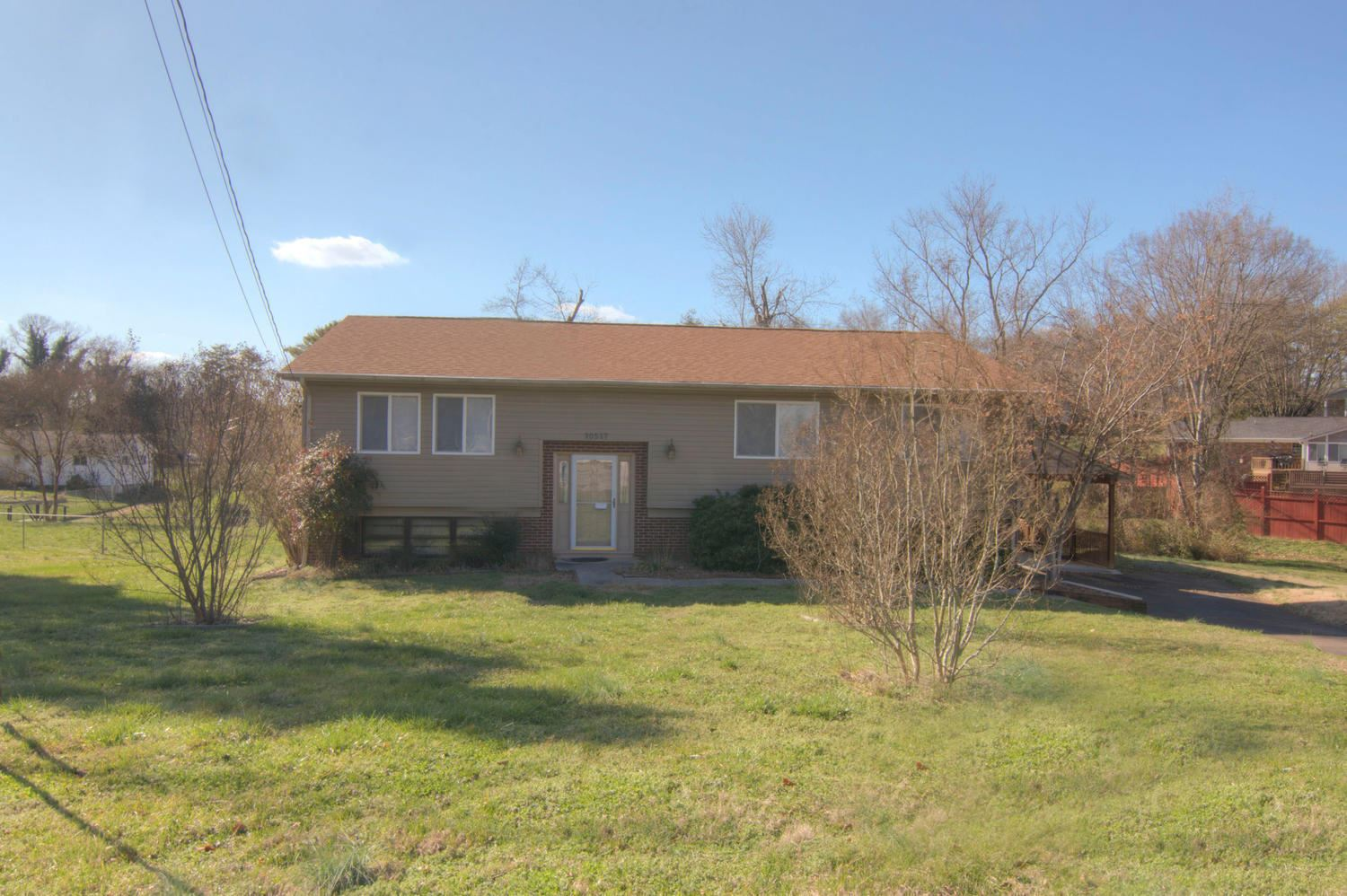 Photo of 10517 Grovedale Drive, Knoxville, TN 37922 (MLS # 1108390)