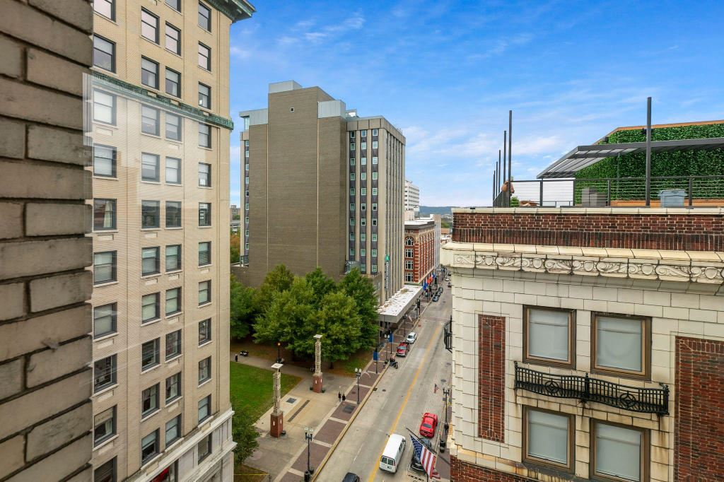 Photo of 602 S Gay St #902, Knoxville, TN 37902 (MLS # 1133392)