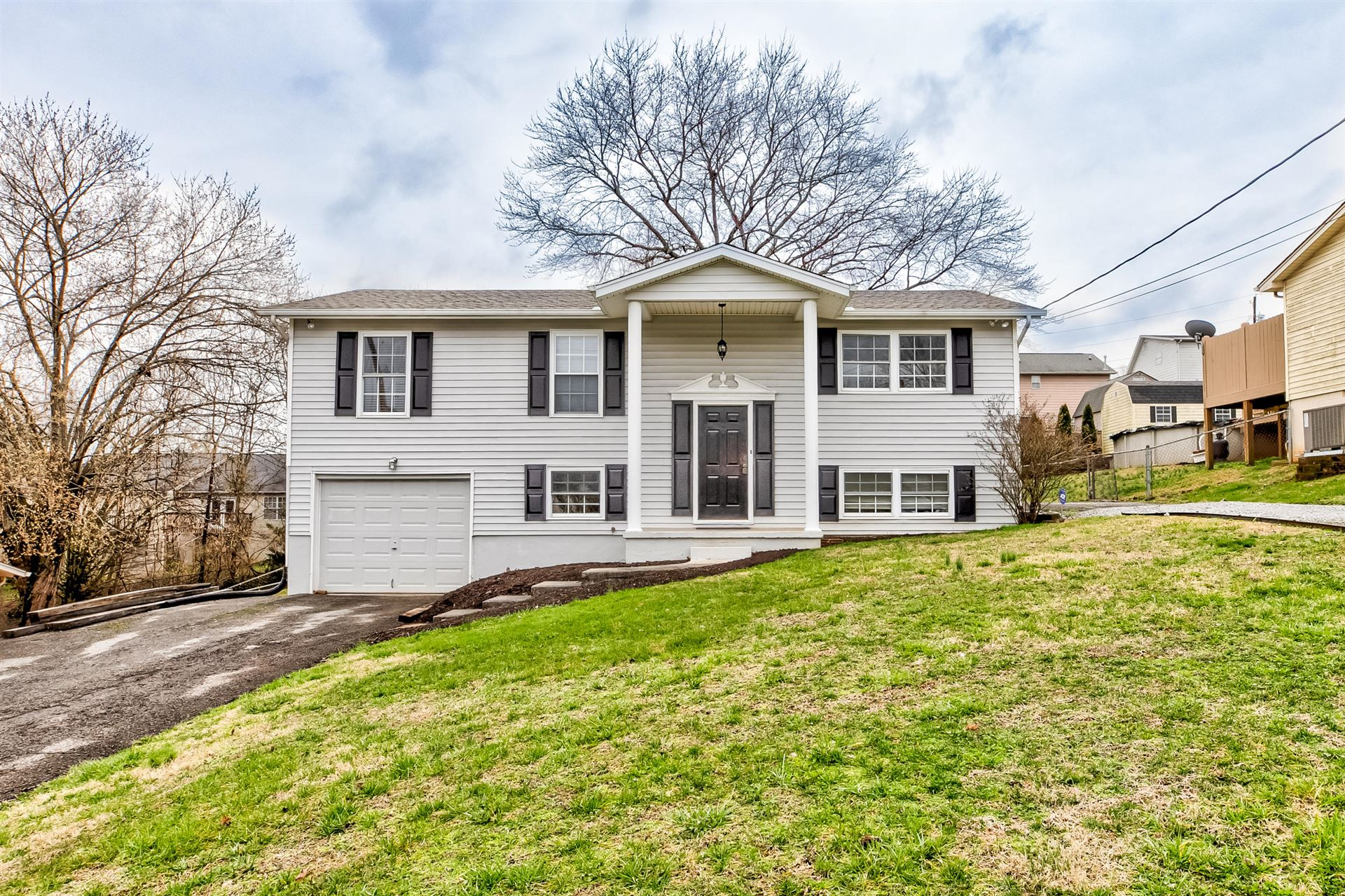 Photo of 3404 Tonya Drive, Powell, TN 37849 (MLS # 1108399)