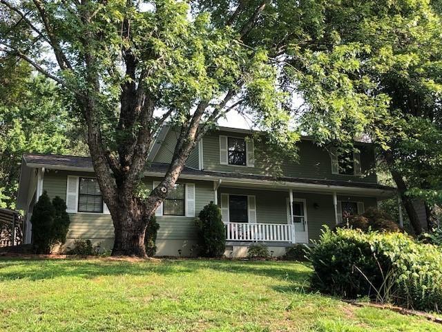 Photo of 10113 Oak Creek Lane, Knoxville, TN 37932 (MLS # 1161402)