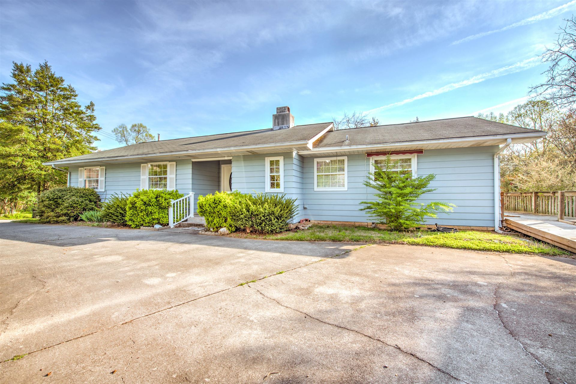 Photo of 109 Powell Rd, Oak Ridge, TN 37830 (MLS # 1148414)