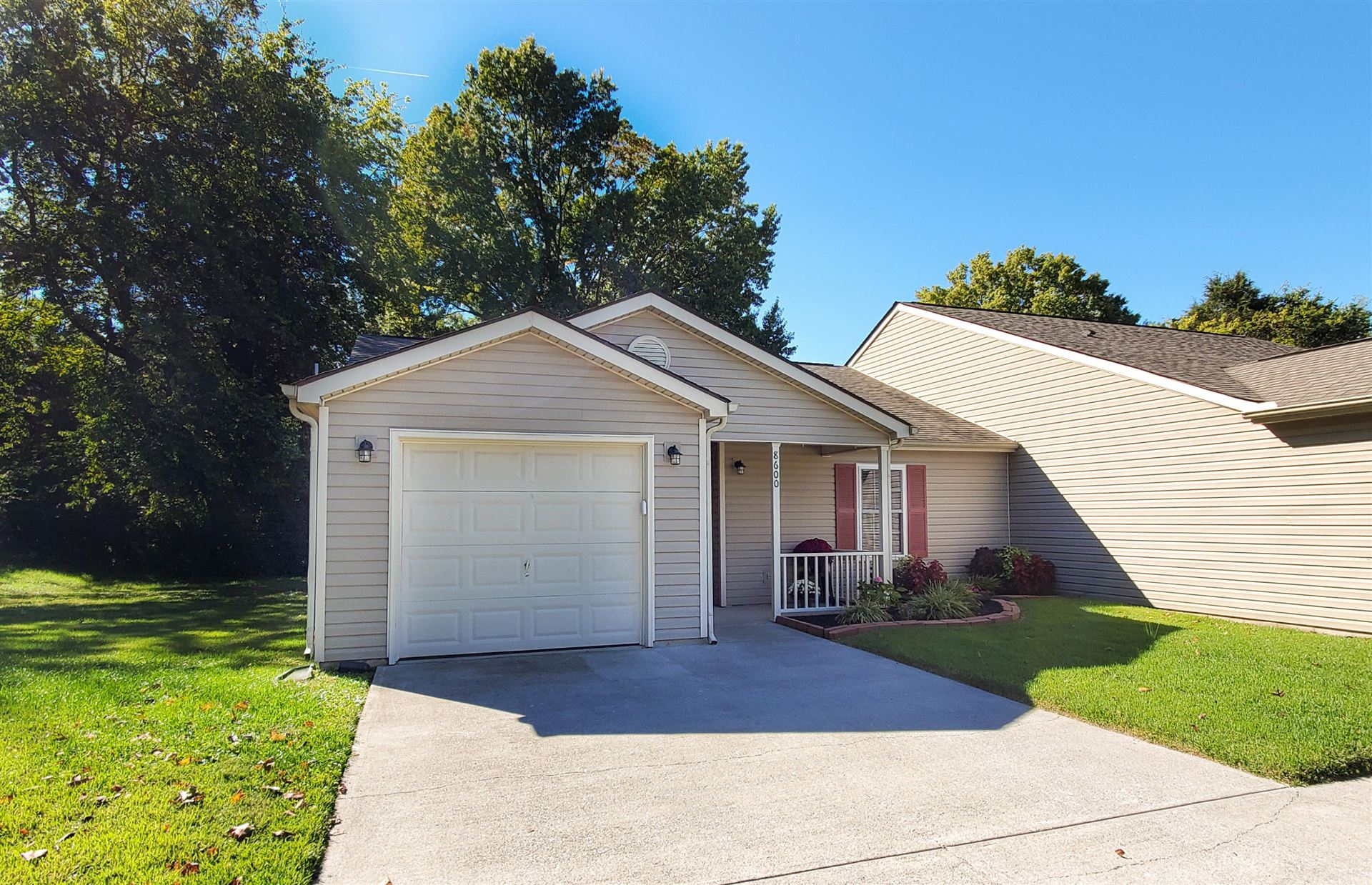 Photo of 8600 Flagstone Way, Knoxville, TN 37923 (MLS # 1133421)
