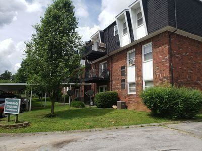 Photo of 1625 Woodrow Drive #APT 407, Knoxville, TN 37918 (MLS # 1165426)