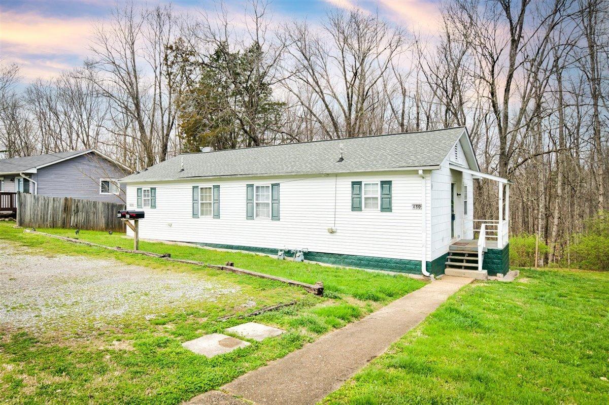 Photo of 480 W Outer Drive #480-482, Oak Ridge, TN 37830 (MLS # 1146428)
