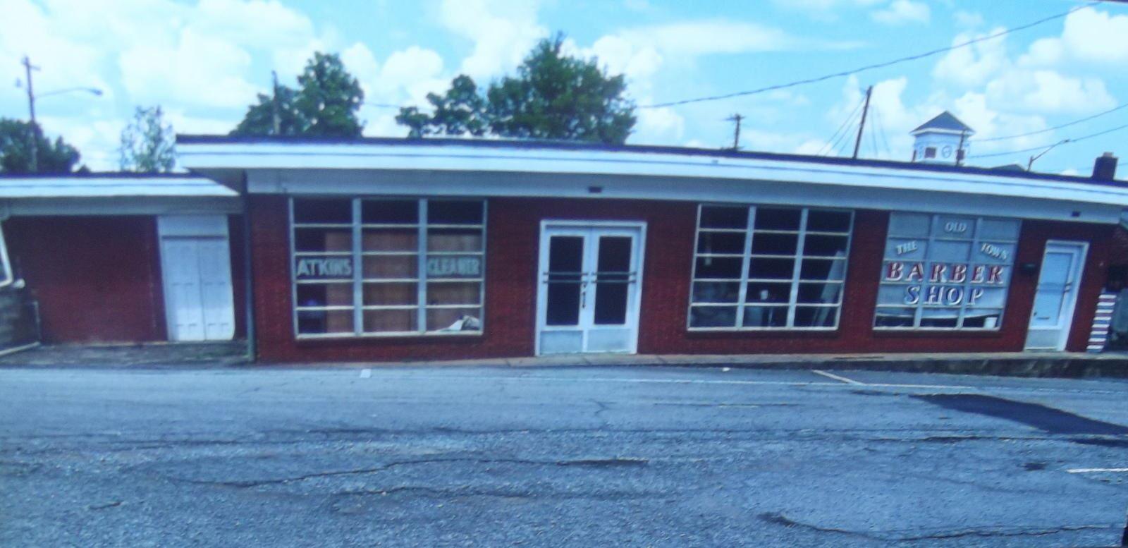Photo of 108 & 110 Church St, Madisonville, TN 37354 (MLS # 1155432)