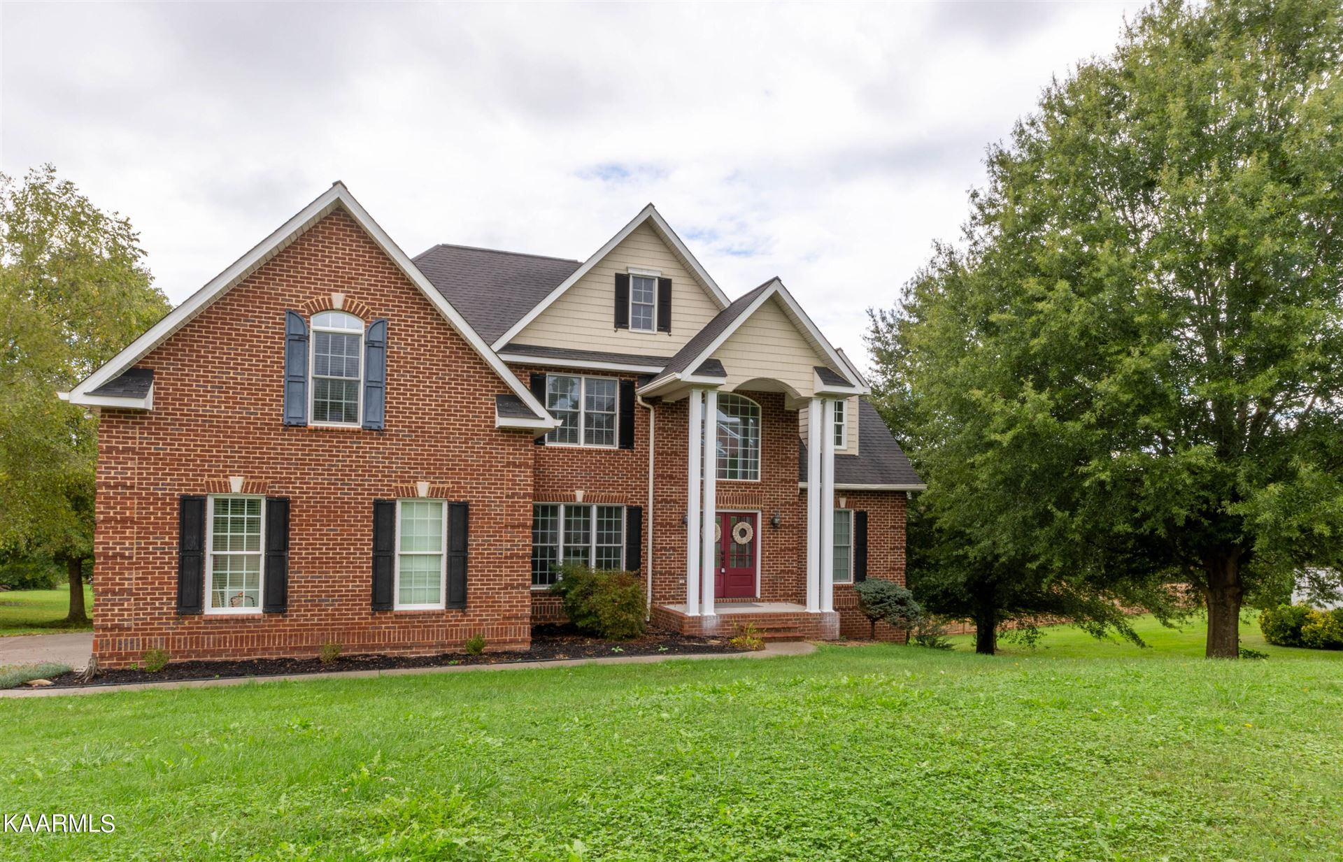 Photo of 7801 Statley Oaks Lane, Knoxville, TN 37938 (MLS # 1171436)