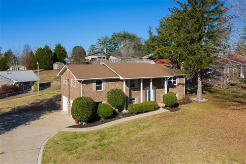 Photo of 7108 W Chermont Circle, Knoxville, TN 37918 (MLS # 1101448)