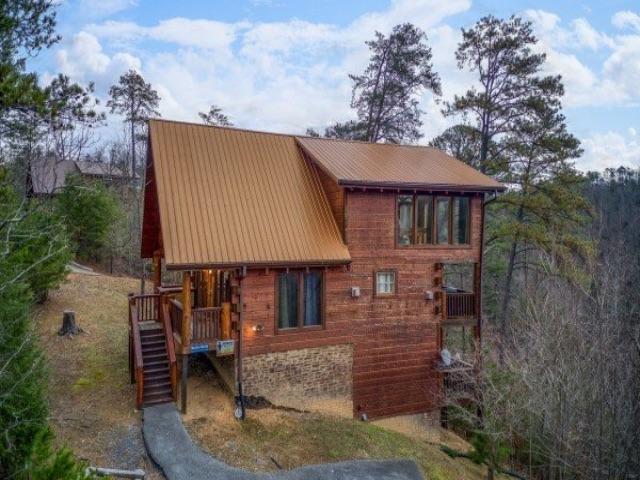 Photo of 1625 Barn Door Lane, Sevierville, TN 37862 (MLS # 1112450)