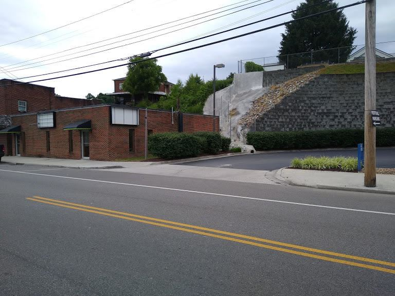Photo of 200 S Tennessee Ave, LaFollette, TN 37766 (MLS # 1153466)