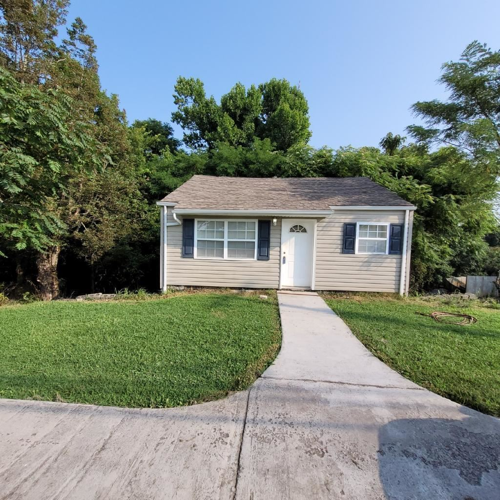 Photo of 6205 Ridgeview Rd, Knoxville, TN 37918 (MLS # 1161490)
