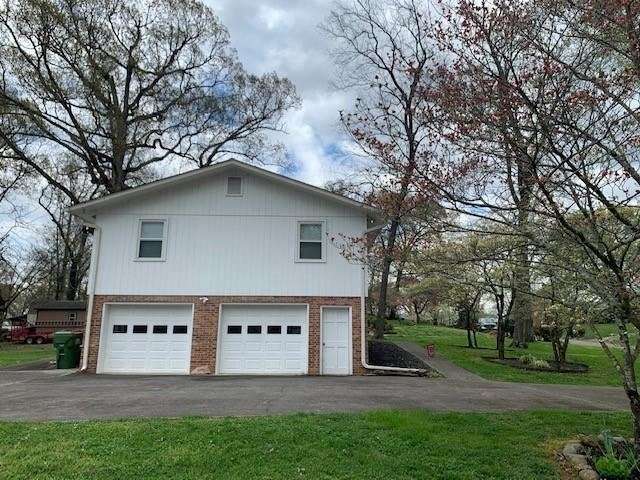Photo of 2323 Chesterfield Drive, Maryville, TN 37803 (MLS # 1148491)
