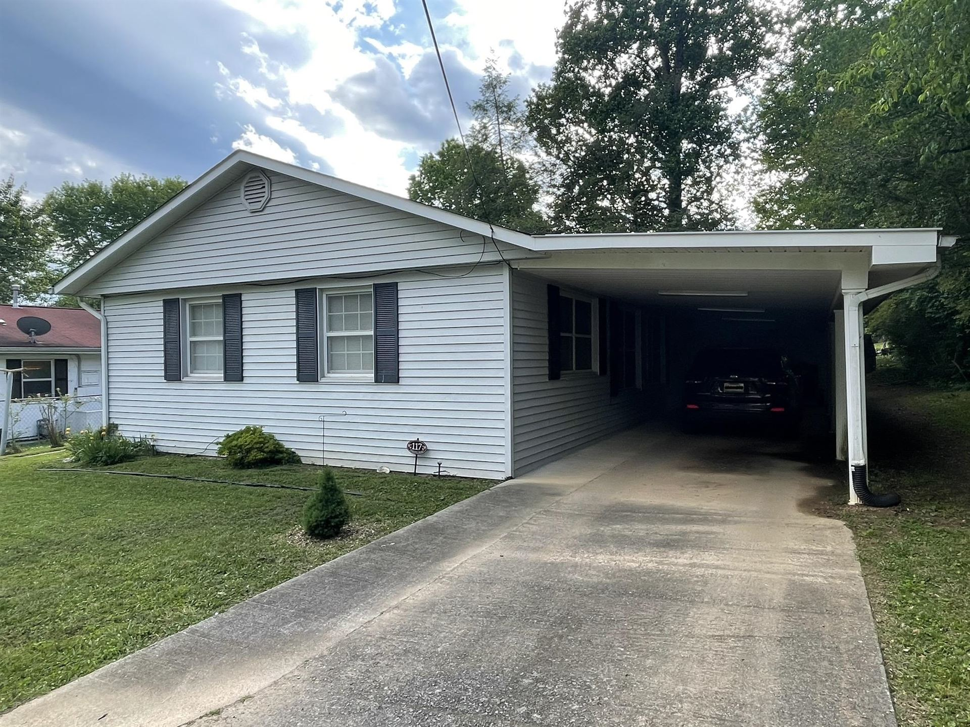 Photo of 117 Parsons Rd, Oak Ridge, TN 37830 (MLS # 1152491)